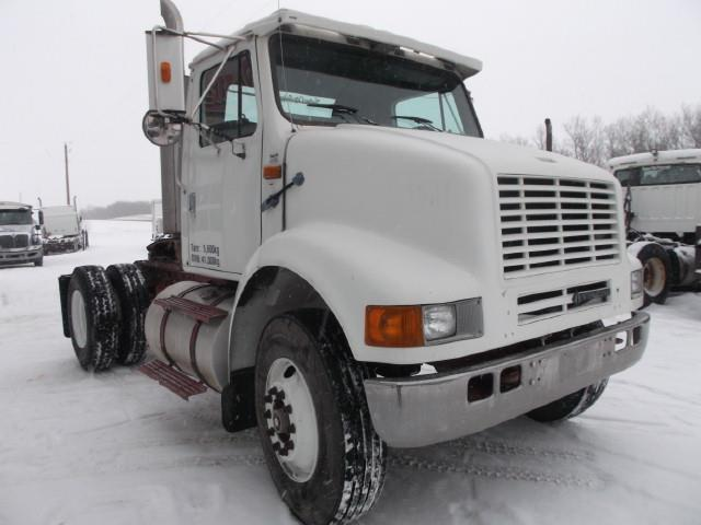 Image #1 (1998 INTERNATIONAL 8100 S/A 5TH WHEEL)
