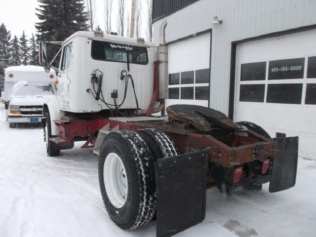 Image #3 (1998 INTERNATIONAL 8100 S/A 5TH WHEEL)