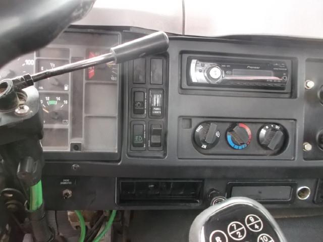 Image #6 (1998 INTERNATIONAL 8100 S/A 5TH WHEEL)