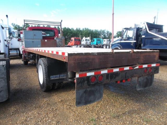 Image #2 (2002 INTERNATIONAL 4300 S/A DECK TRUCK)
