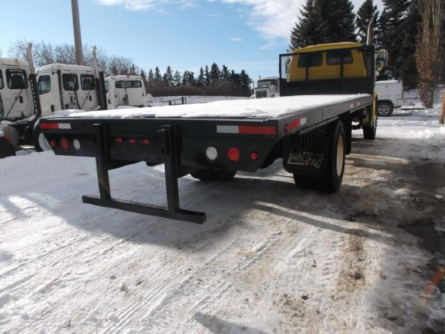 Image #2 (2005 STERLING ACTERRA S/A DECK TRUCK)