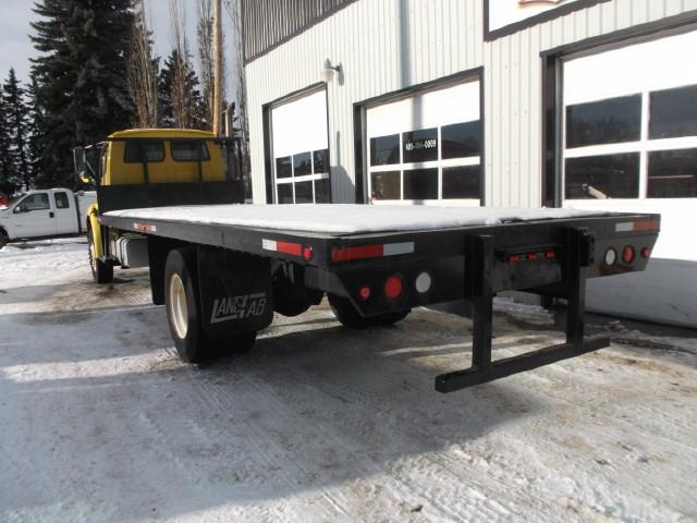 Image #3 (2005 STERLING ACTERRA S/A DECK TRUCK)
