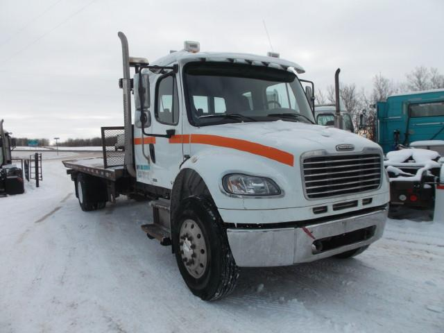 Image #1 (2006 FREIGHTLINER M2 EX CAB TOW TRUCK)