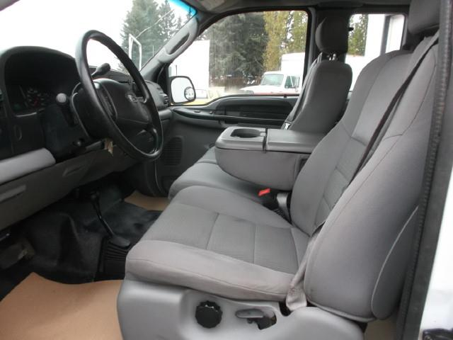 Image #4 (2006 FORD F350 XLT SUPER DUTY EX/CAB 4X4 SERVICE TRUCK)