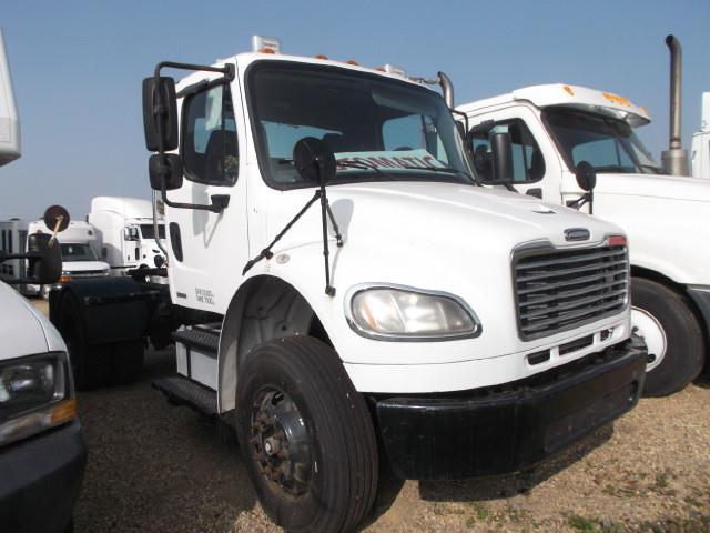 2007 FREIGHTLINER M2 S/A 5TH WHEEL