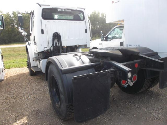 Image #3 (2007 FREIGHTLINER M2 S/A 5TH WHEEL)