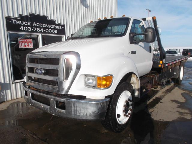 2007 FORD F650 XLT SD DECK TRUCK