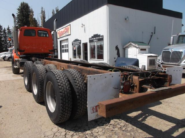 Image #3 (2007 STERLING LT 9500 HEAVY SPEC TRI-AXLE TRUCK)
