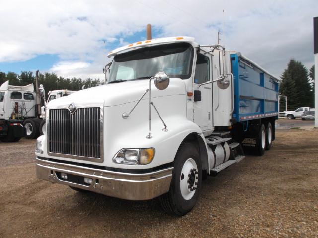 Image #1 (2008 INTERNATIONAL 9200 i T/A GRAIN TRUCK)