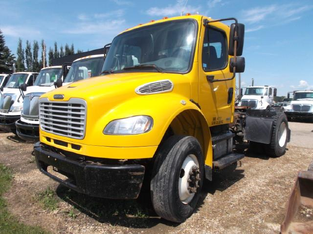 2008 FREIGHTLINER M2  5TH WHEEL