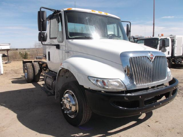 Image #1 (2008 INTERNATIONAL 4300 CAB & CHASSIS)