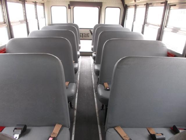 Image #7 (2008 INTERNATIONAL 3000 SHUTTLE BUS)