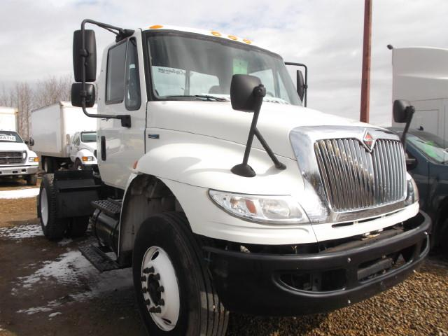 Image #1 (2009 INTERNATIONAL DURASTAR 4400 AUTOMATIC SINGLE AXLE 5TH WHEEL)