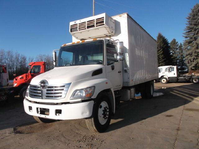 2010 HINO 358 REEFER TRUCK