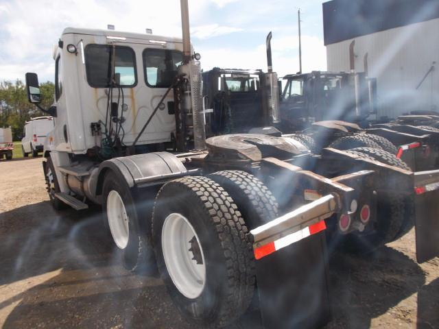 Image #3 (2011 FREIGHTLINER CASCADIA TANDEM AXLE 5TH WHEEL)