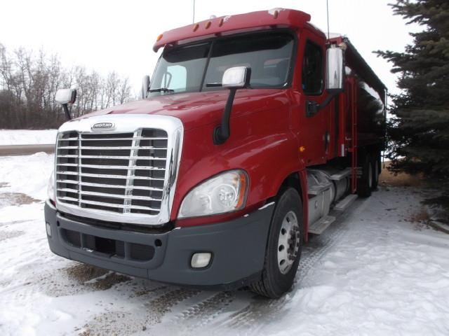 2012 FREIGHTLINER CASCADIA T/A TRUCK WITH GRAIN BOX