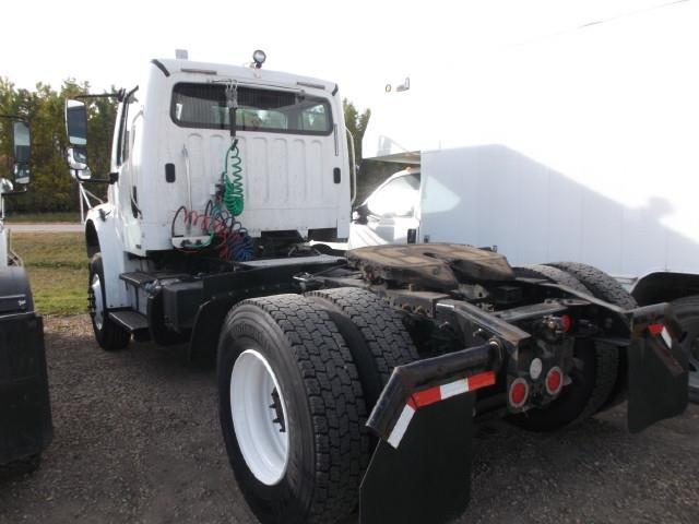 Image #3 (2012 FREIGHTLINER M2 S/A 5TH WHEEL TRUCK)