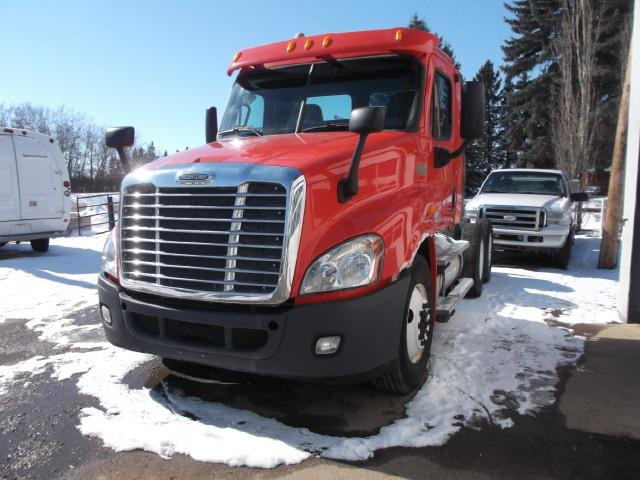 2013 FREIGHTLINER CASCADIA T/A 5TH WHEEL