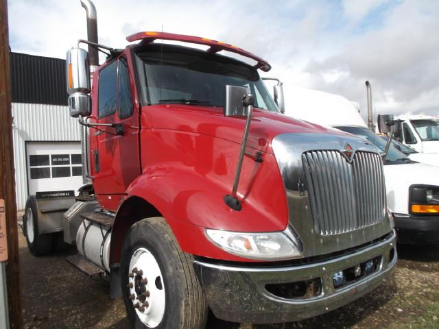 Image #1 (2013 INTERNATIONAL 8600 S/A 5TH WHEEL TRUCK)