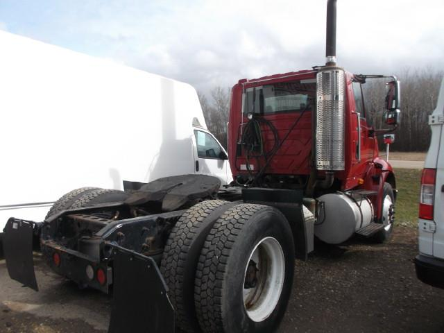 Image #2 (2013 INTERNATIONAL 8600 S/A 5TH WHEEL TRUCK)