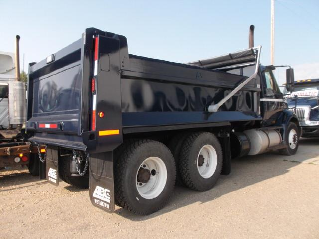 Image #3 (2013 INTERNATIONAL 8600 TANDEM AXLE GRAVEL TRUCK)