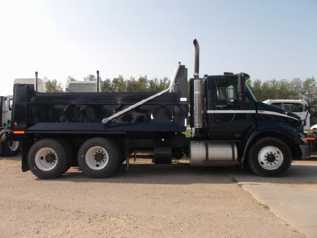 Image #0 (2013 INTERNATIONAL 8600 TANDEM AXLE GRAVEL TRUCK)